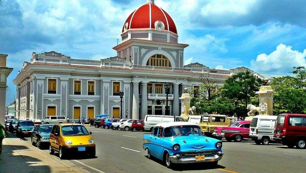 Panoramic Tour of Cienfuegos